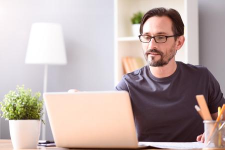 travail-a-domicile.net traducteur