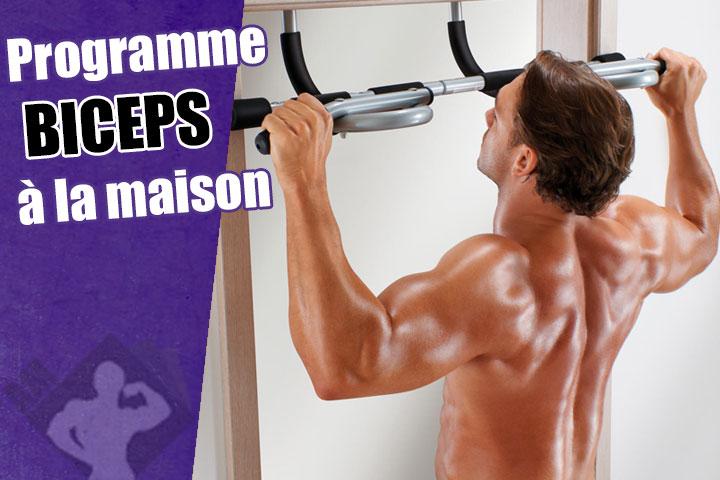 travail biceps a la maison